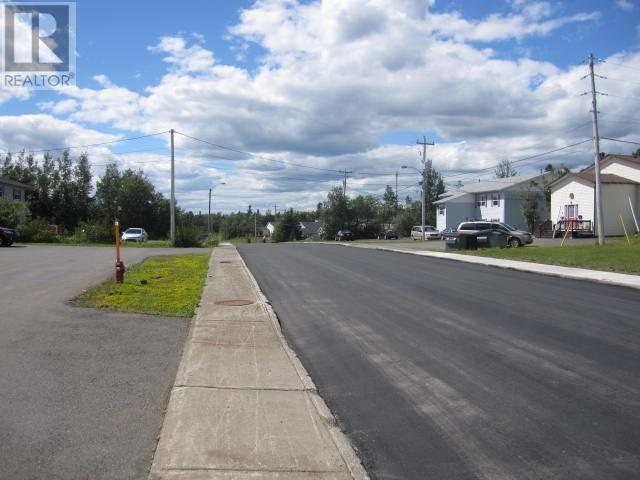 8 Cater Avenue