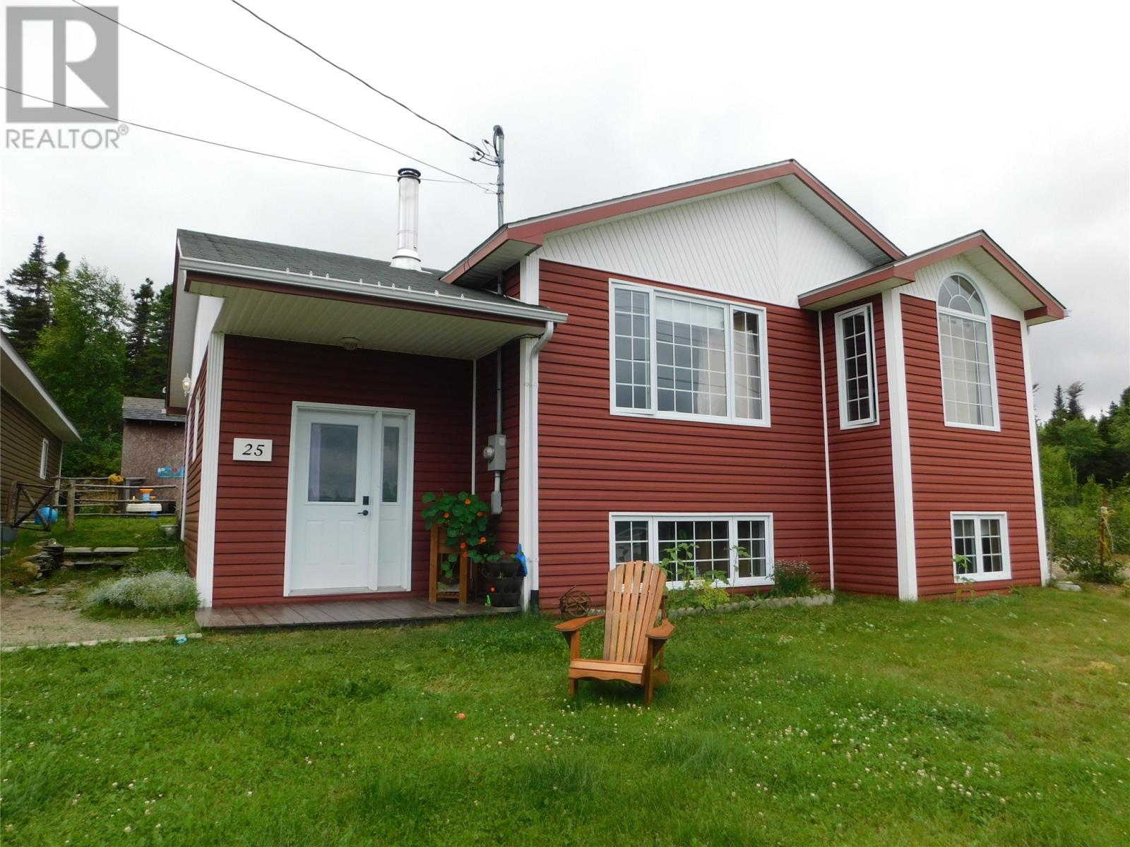 25 Clearview Crescent